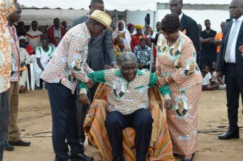 Le gouverneur Mambé, lors de son installation samedi