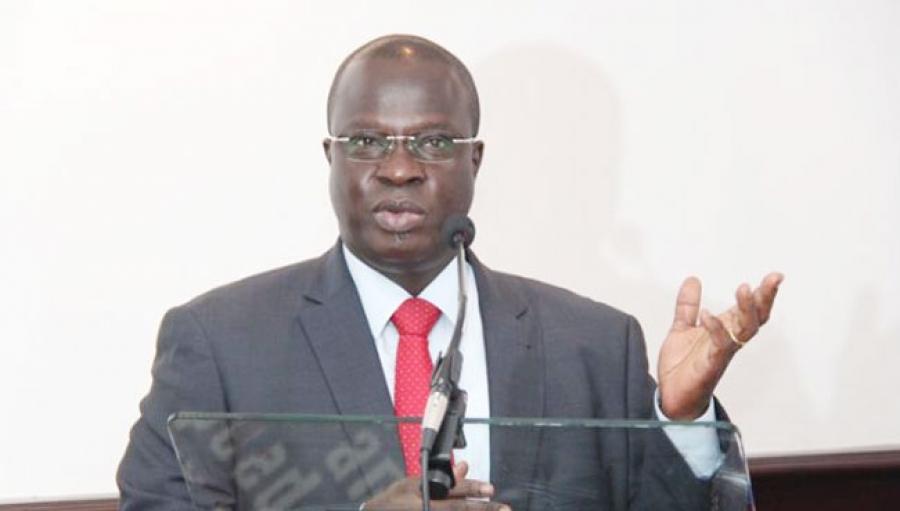 Emmanuel Esmel Essis, Secru00e9taire du2019Etat aupru00e8s du Premier ministre, chargu00e9 de la promotion de lu2019investissement privu00e9