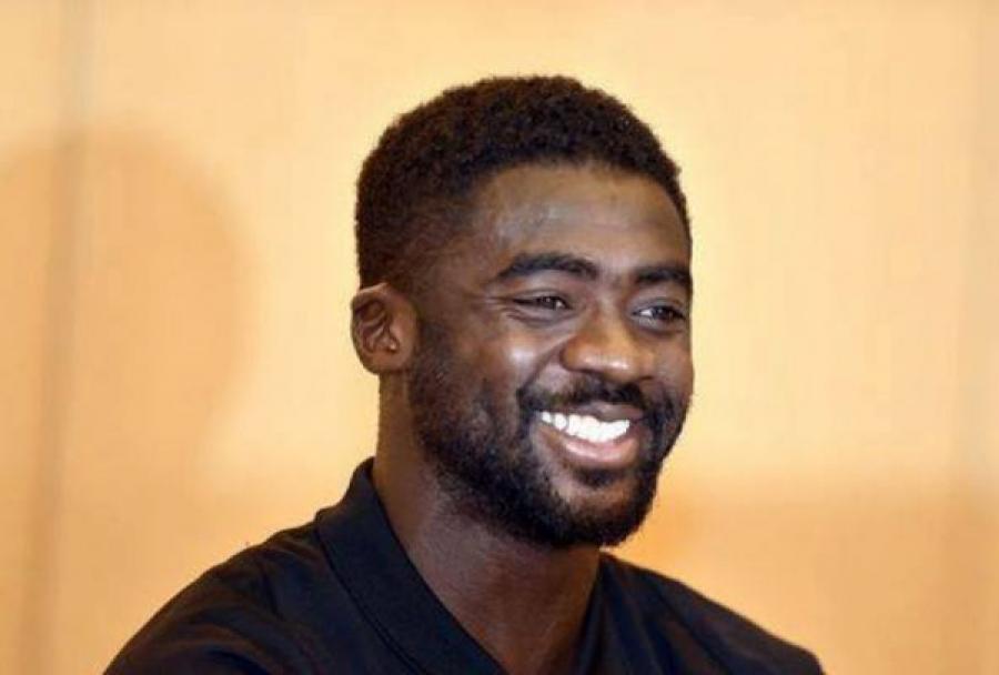 Kolo Touré raccroche les crampons et devient coach — Officiel