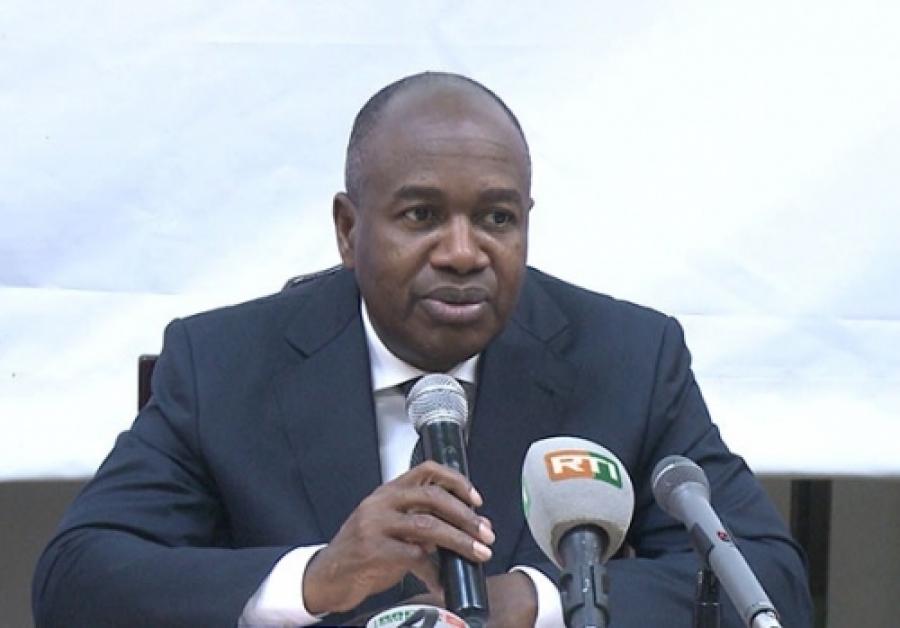 Le ministre de l'Intu00e9rieur et la Su00e9curitu00e9, Sidiki Diakitu00e9, a procu00e9du00e9 au lancement officiel du Hadj 2019, ce mercredi