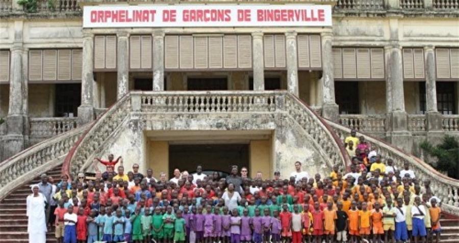 Reportage / Orphelinat de garu00e7ons de Bingerville: 209 enfants en quu00eate du2019amour