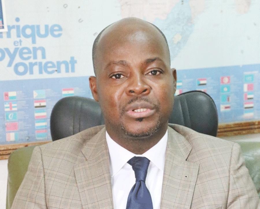 Charles Winner Kouadio, Pru00e9sident de lu2019Amicale des anciens  du Lycu00e9e garu00e7ons de Bingerville veut regrouper toutes les autres associations et  les fondre en un seul moule.