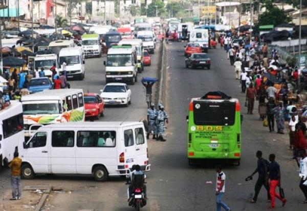 Trafic routier en Côte d'Ivoire: « Chacun a inventé son code de la route »