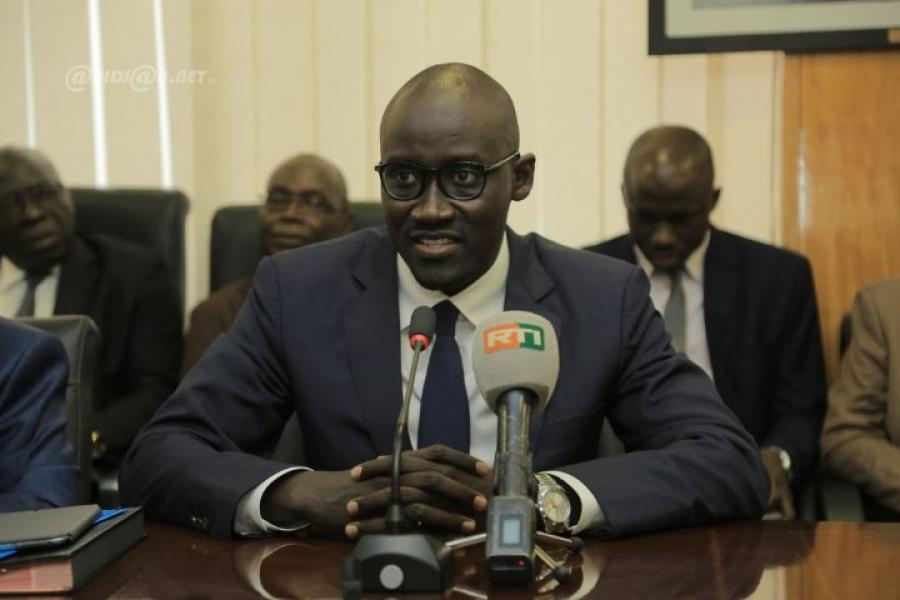Le ministre du Pu00e9trole, de lu2019Energie et des Energies renouvelables, Abdourahmane Cissu00e9.