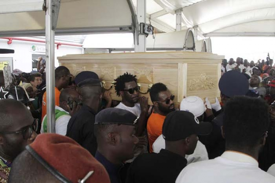 L'ancien éléphant Cheick Tioté sera inhumé dimanche — Côte d'Ivoire