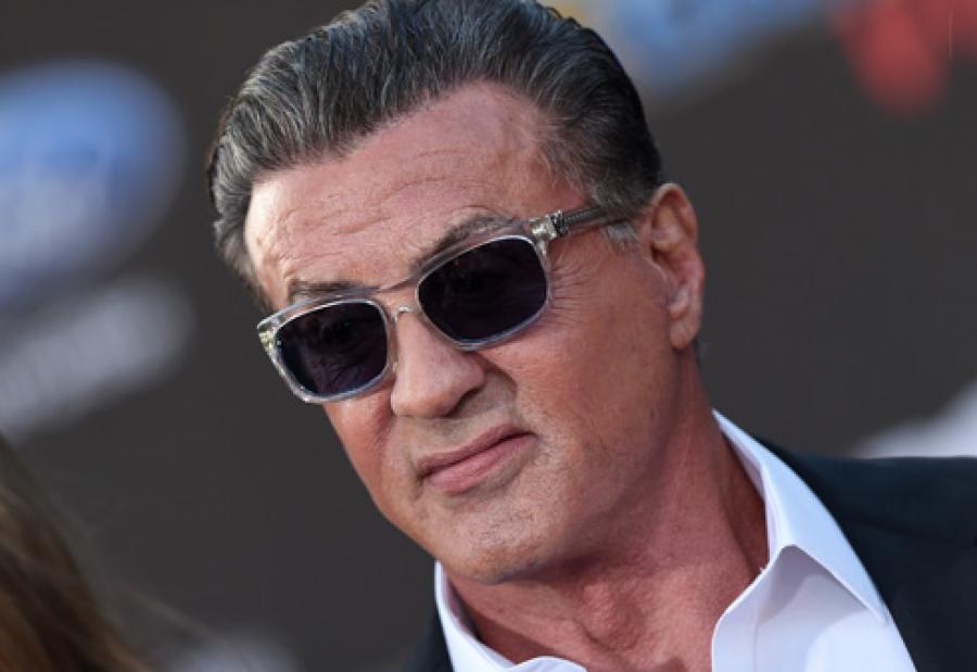 Ne croyez pas les rumeurs, l'acteur n'est pas mort — Sylvester Stallone