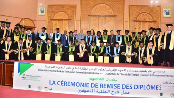 Université panafricaine des Sciences de l'Eau et de l'Energie: 03 Ivoiriens décrochent leurs diplômes en Algérie