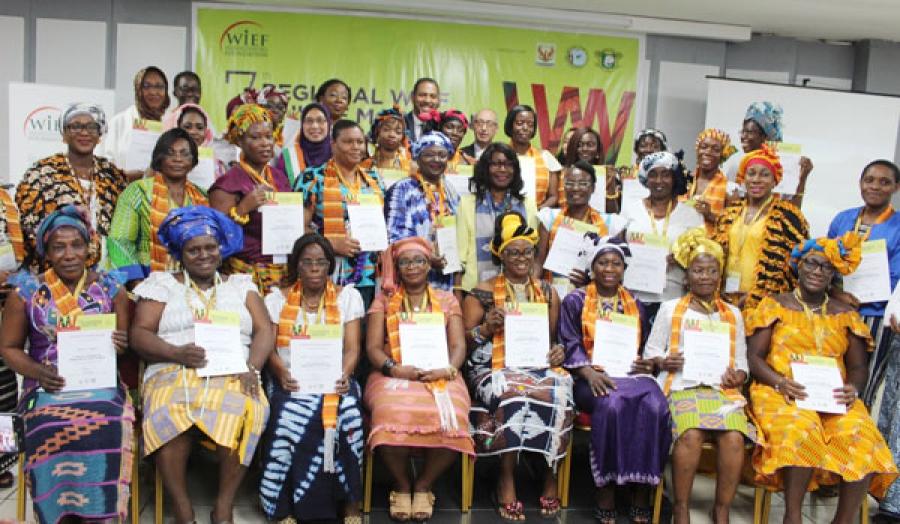 Aimu00e9e Zu00e9bu00e9youx a invitu00e9 les participantes u00e0 partager les connaissances acquises u00e0 toutes les cheffes du2019entreprise de leur entourage.