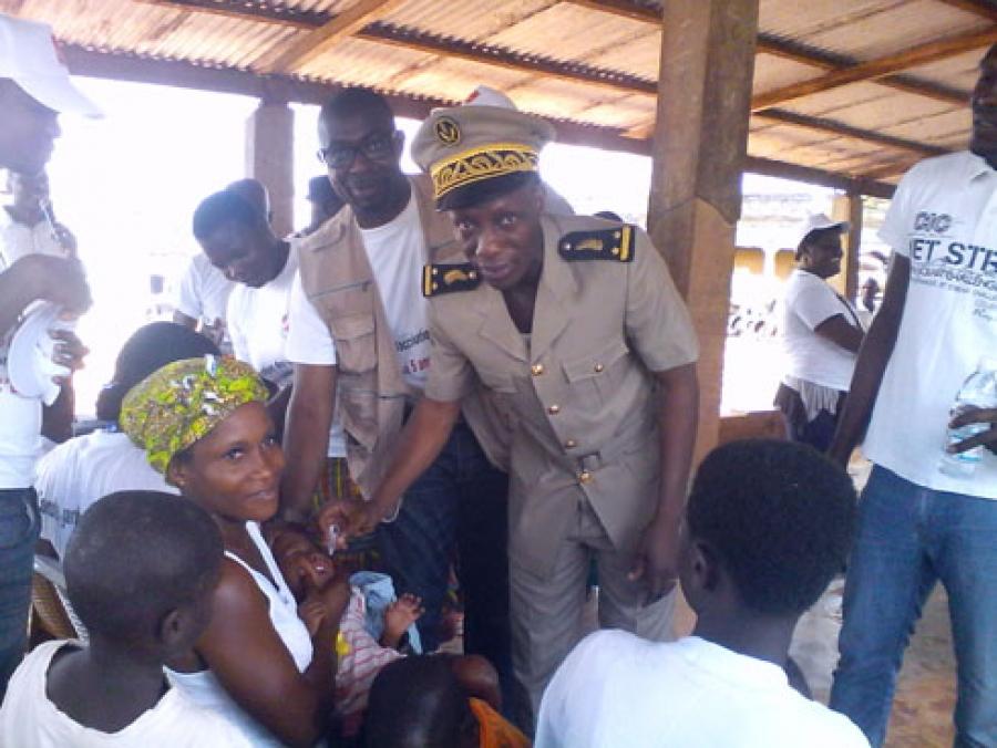 Vaccination de masse contre la poliomyélite en Côte d'Ivoire