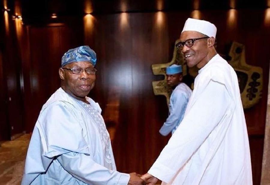 Nigéria : Obasandjo invite Buhari à ne pas briguer un autre mandat