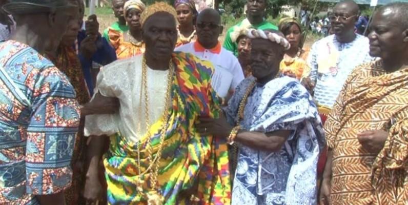 Les autorités traditionnelles ont donné leur onction à la cérémonie. ( AK)