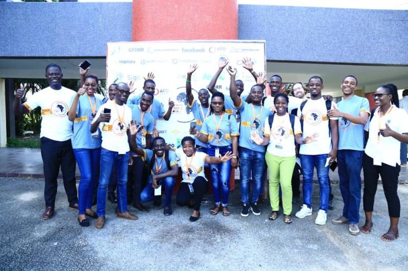 Des membres de la communauté OpenStreetMap de Côte d'Ivoire après la cérémonie d'ouverture de la conférence. (Dr)
