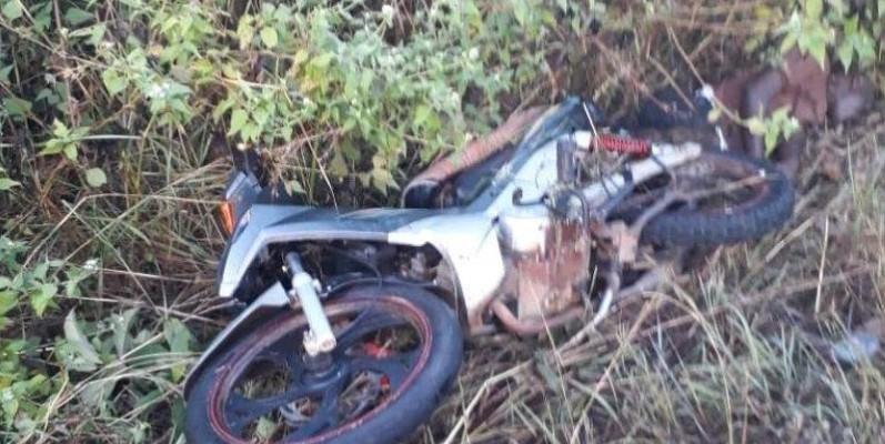 un motocycliste retrouvé mort dans la broussaille. (DR)