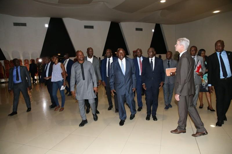 Une visite guidée dans presque toutes les pièces de l'hôtel Ivoire où se dérouleront les travaux du congrès. (Poro Dagnogo)
