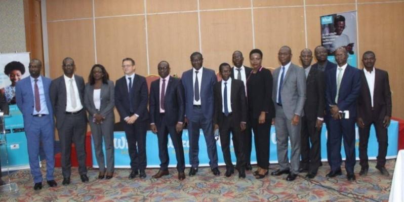 La photo de famille après le lancement officiel de la solution mobile money Wizall au Burkina Faso. (DR)
