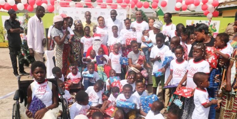 Mme Penda Cissé a comblé les enfants handicapés de la commune de Port-Bouët. (DR)