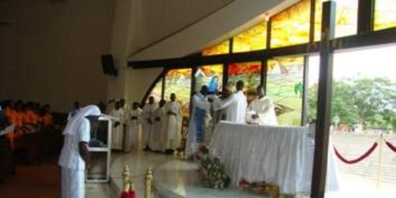 Les fidèles de Saint Pierre d'Anoumabo ont célébré la fête de Noël dans la ferveur. (DR)