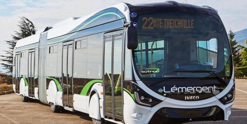 Un des nouveaux bus de la Sotra. (DR)
