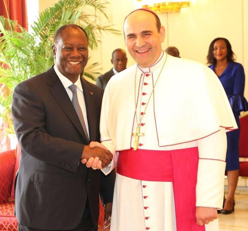 Le Chef de l'Etat ivoirien et le Nonce apostolique (Présidence.ci)