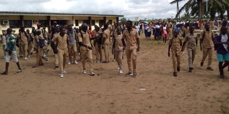 Les cours suspendus au lycée municipal d'Adiaké. (DR)