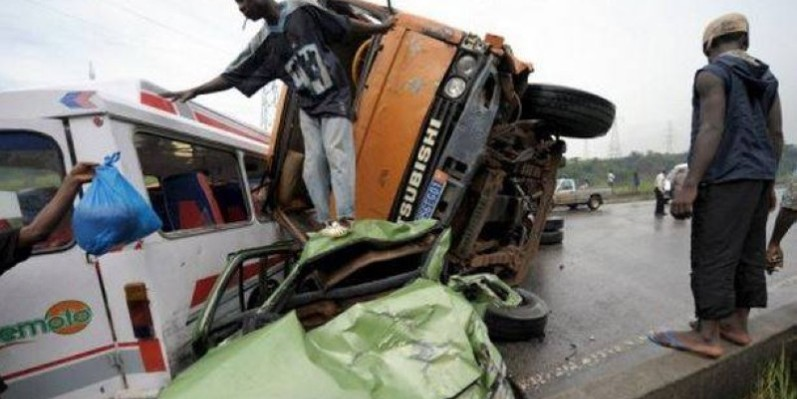 Un camion a atteint mortellement deux paysans. (DR)