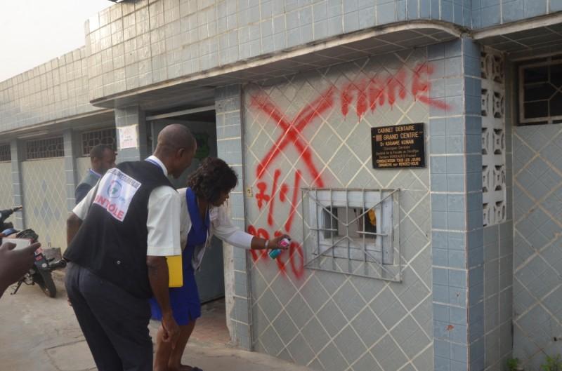 Les services du ministère de la Santé et de l'Hygiène publique ont procédé à la fermeture de la clinique le Grand centre de Yopougon. (DR)