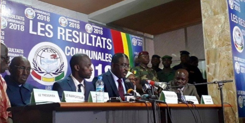 La Céni avec au centre son président Me Salif Kébé lors du résultat des communales en 2018.(DR)