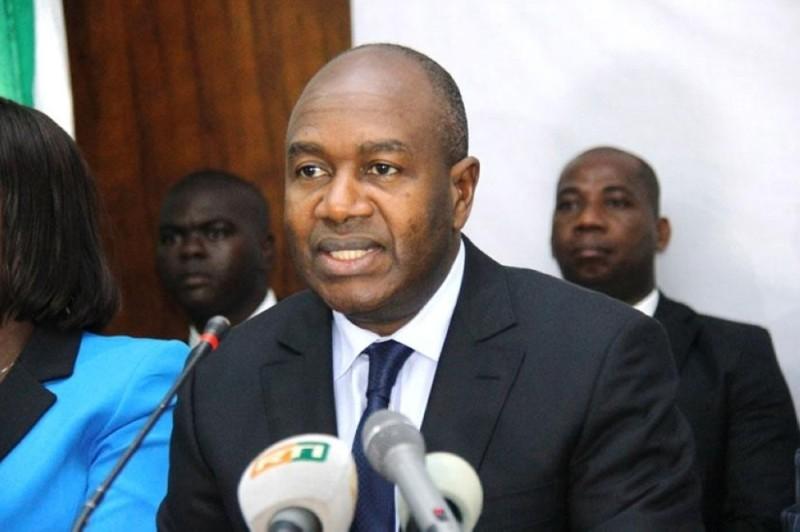 Le ministre Sidiki Diakité met tout en oeuvre pour que chaque ivoirien entre en possession de sa carte nationale d'identité.