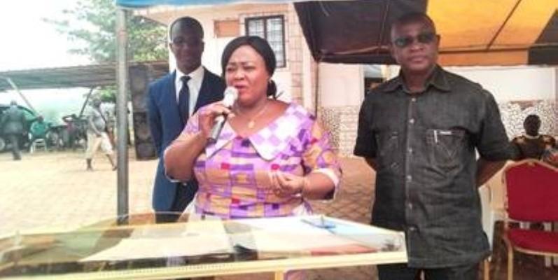 Les responsables locaux des impots d'Alépé ont exhorté les populations à payer leurs impots. (DR)