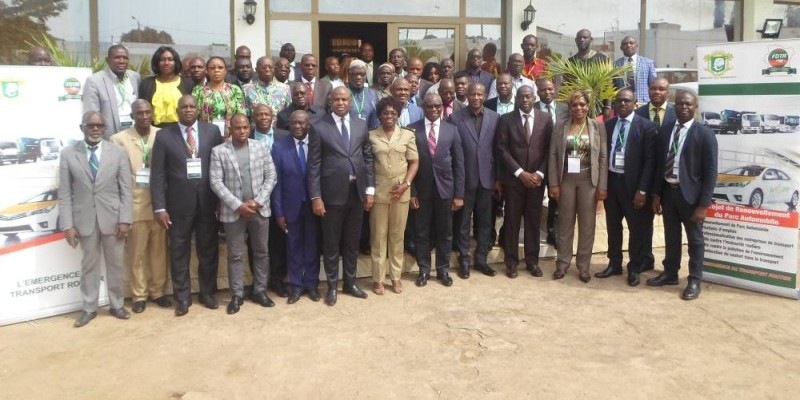 Les transporteurs ont participé massivement au séminaire organisé par le ministère des Transports.(DR)