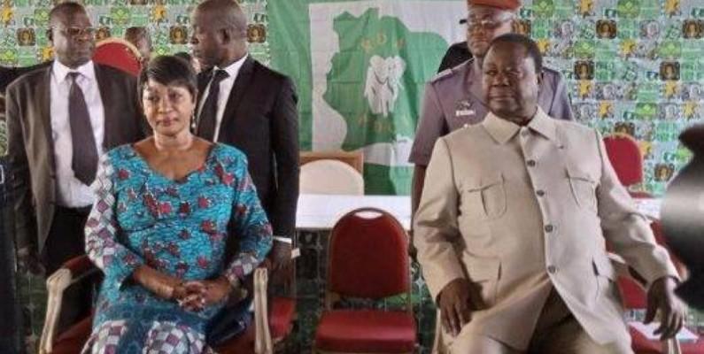 Le président du PDCI, Henri Konan Bédié  et son épouse à Daoukro. (Aip)