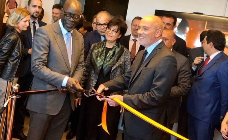 Stéphane Richard (Pdg du Groupe Orange) et Alioune NDiaye, Président-Directeur Général Orange Afrique et Moyen Orient, lors de l'inauguration du siège opérationnel d'Orange Middle East and Africa, à Casablanca au Maroc, le 8 janvier 2020 (DR)