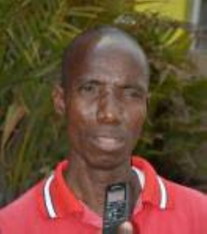 Bakayoko Adama, président de l'Association des chauffeurs unis pour la défense de leur droit (Ascu-dd), porte-parole des syndicats grévistes et premier responsable des taxis communaux de Yopougon. (Julien Monsan)