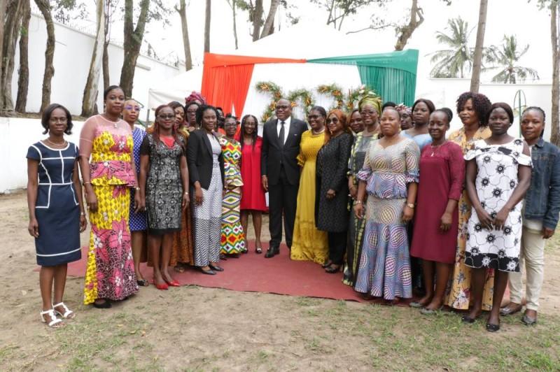 Le personnel de la Cei lors de la présentation des voeux de nouvel an au président de l'institution (DR)
