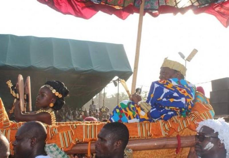 La symbolique de la 1ère sortie du roi des N'Zima-Kotoko (DR)