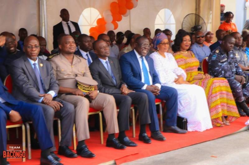 Les autorités présentes à la cérémonie de l'inauguration de la nouvelle gare. (DR)