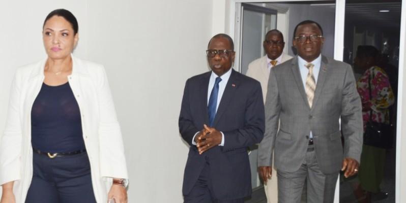 Le ministre des Sports a procédé à une visite des locaux de la Cocan. (DR)