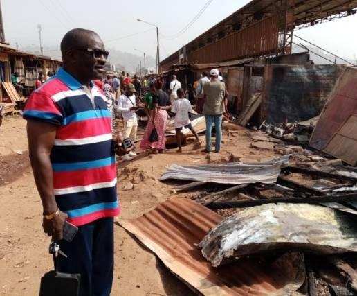 Des magasins ont été ravagés par le feu. (DR)