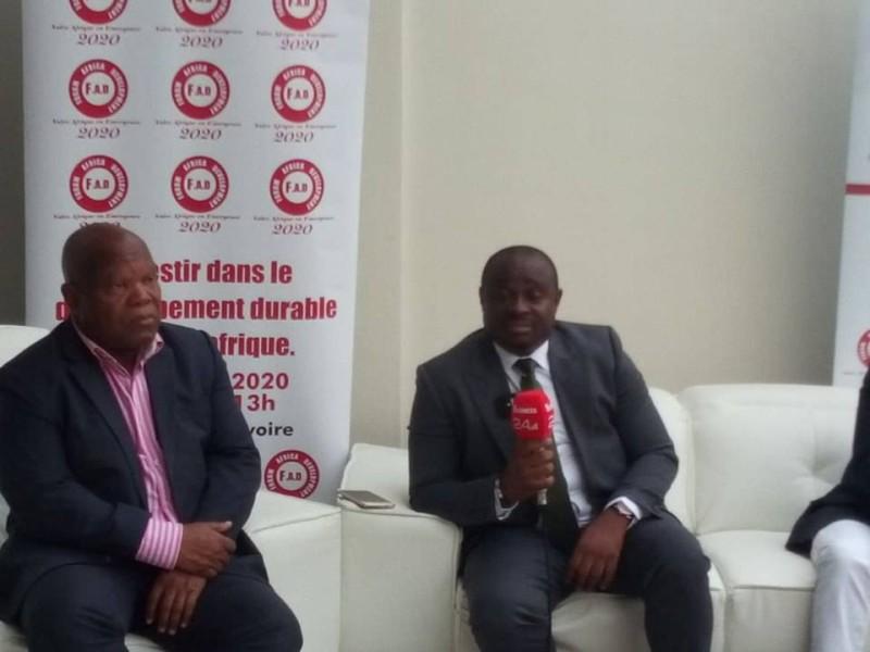 Bogui Hodjo William, commissaire général et ses collaborateurs ont expliquer les objectifs du Fad. (DR)