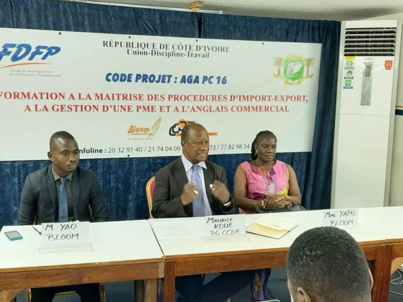 Dr Maurice Koué (au centre) a dit l'engagement des deux Cabinets à faire de cette phase pilote du projet un succès. (DR)