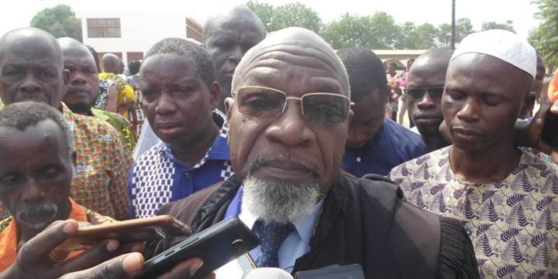 Me Adjé Luc, l'un des conseils de Jacques Mangoua ne décolère pas après le rejet de la demande de la mise en liberté de son client par le tribunal de Bouaké. (DR)