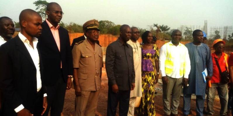 Le ministre de la Culture et de la Francophonie s'est rendu sur les lieux pour une visite de chantier à Yamoussoukro. (DR)
