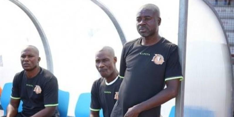Aka Jean-Baptiste (debout) retrouve son ancienne équipe pour un face à face qui s'annonce très rythmé. (DR)