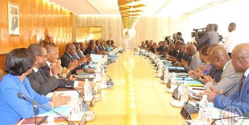 Une vue des membres lors du conseil des ministres. (DR)