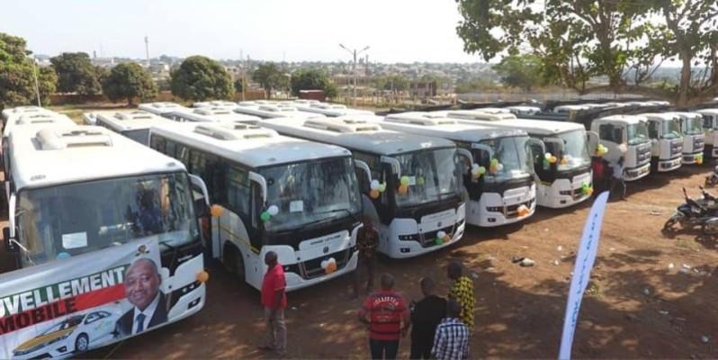 Une vue de quelques véhicules offerts aux transporteurs de la région de Gbôklê. (DR)