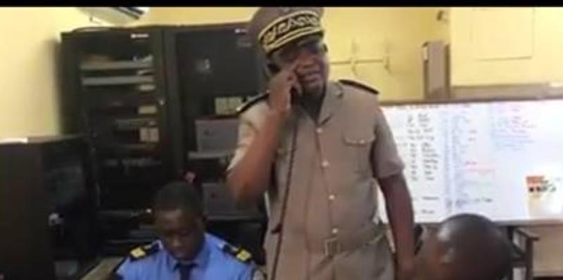 Vincent Irié Toh a fait un tour au Centre d'appels des Sapeurs-pompiers. (Dr)