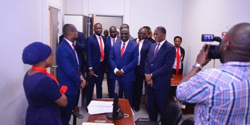 Le ministre s'est fait expliquer le fonctionnement de chacune des structures visitées. (DR)