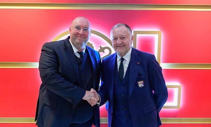 La compagnie aérienne deviendra le sponsor principal du maillot de l'Olympique Lyonnais à partir de la saison 2020/2021