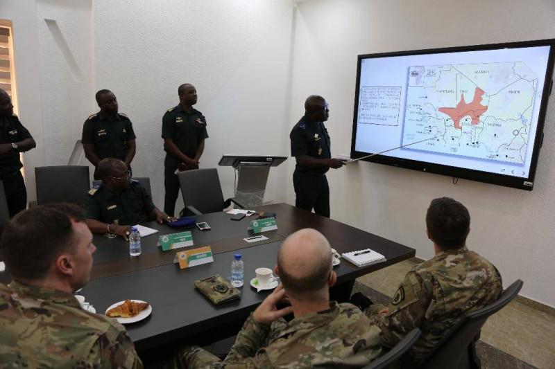 Les militaires ivoiriens et américains sont très attentifs à la situation sécuritaire dans la zone