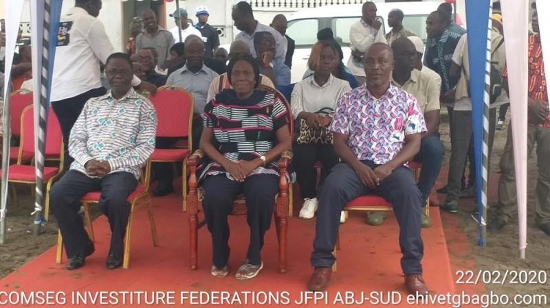 Simone Gbagbo a rehaussé de sa présence cette cérémonie d'investiture des jeunes de son parti. (photos:dr)
